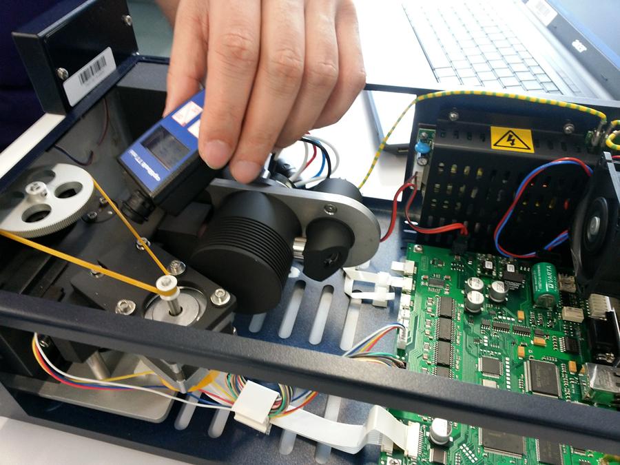 ————全国LUMTECH液相免费检查维护服务 2016年是绿绵科技成立第十五个周年,在此,绿绵科技推出全国LUMTECH液相客户免费检查维护服务,去用户现场对用户的LUMTECH液相系统进行检查诊断,确保仪器正常运行。  德国LUMTECH高效液相色谱仪是绿绵科技为用户提供的可靠性和易用性完美结合的一套大流量制备、半制备兼分析型液相色谱系统,采用多项专利的精密机械工艺,其可靠性得到30多年的市场验证。德国精密可靠的半制备液相色谱仪系统硬件,专业HPLC溶剂